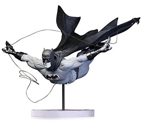 DC Collectibles Batman Black & White Estatua Dick Grayson as Batman by Jock 2nd Edition 23 cm