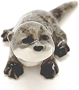 WitnyStore Sea Otter Figurines - Collectible Animal Art - Miniature Hand Made and Painted Porcelain Table Decor Perfect for G