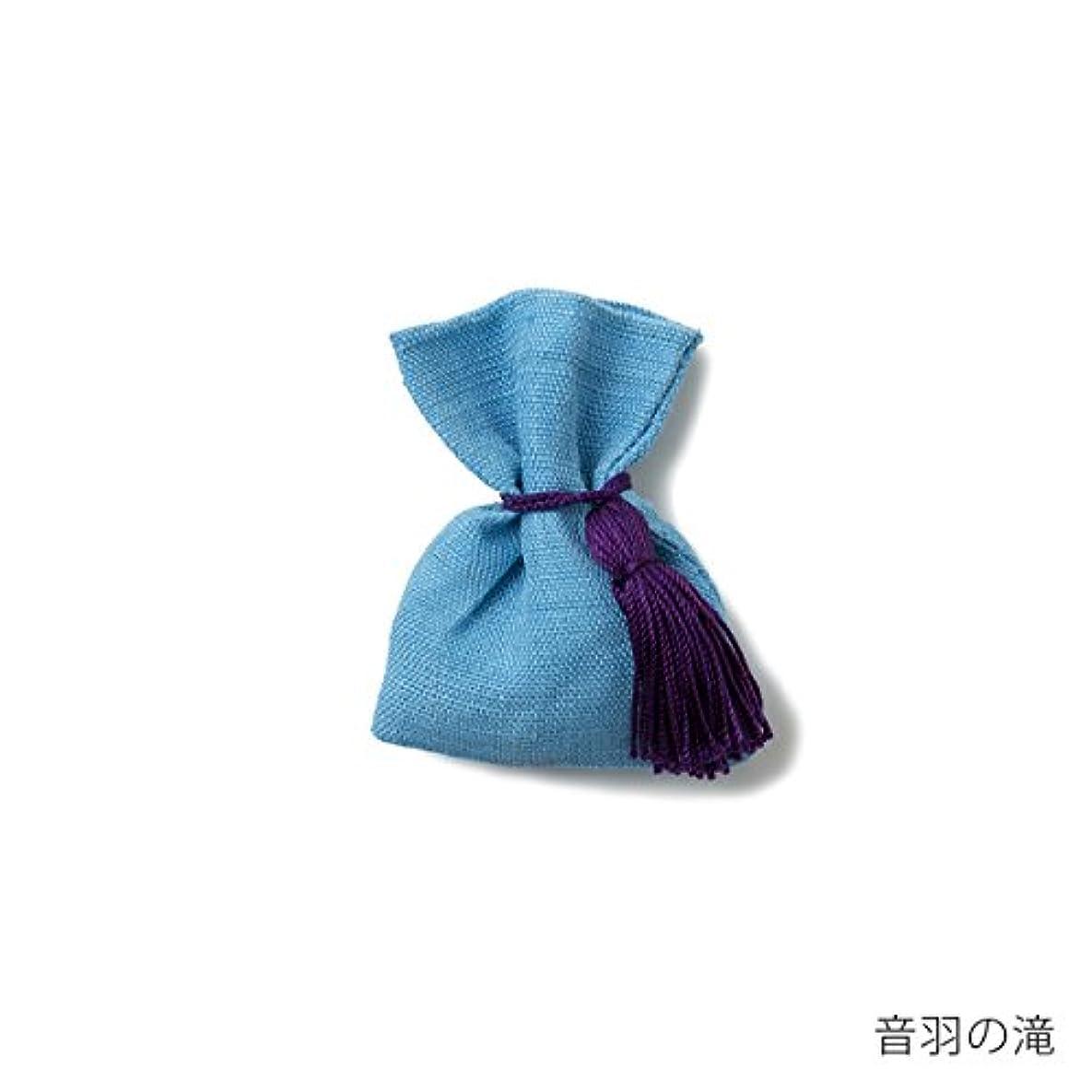 ロンドン思い出させる看板【薫玉堂】 京の香り 香袋 音羽の滝