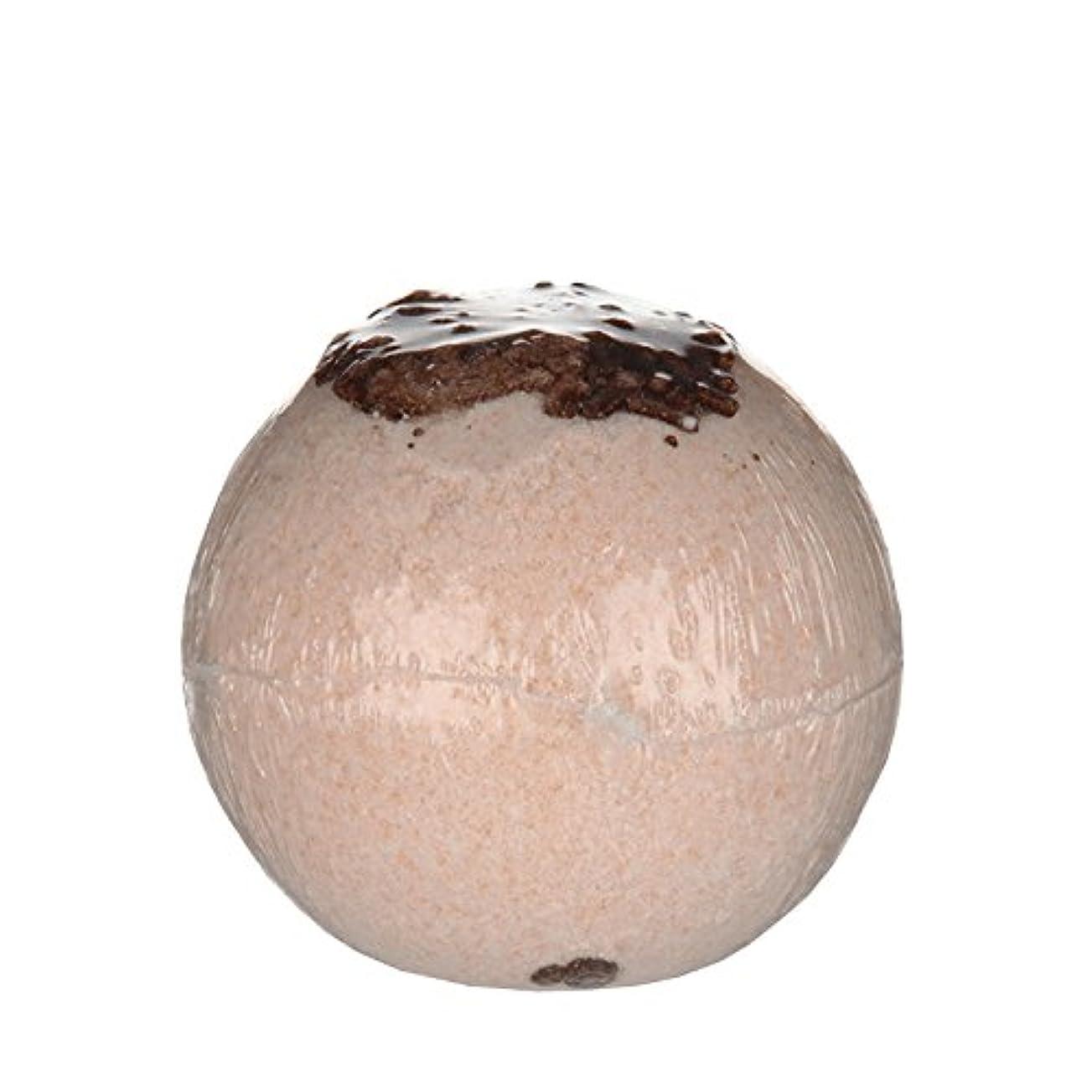 精巧なエラー正確Treetsバスボールココナッツチョコレート170グラム - Treets Bath Ball Coconut Chocolate 170g (Treets) [並行輸入品]
