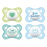 MAM'Skin Soft' Silikon Schnuller // I love mummy & daddy // 0-6 Mo. Boy // 4er Set // inkl. 2 Sterilisiertrasportboxen