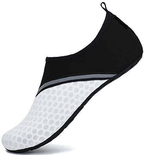 SAGUARO Chaussures Aquatiques Chaussons de Plongée d'eau Chaussettes Aqua pour Piscine et Plage Sports Nautiques Natation Surf Voile Mer Rivière pour Homme Femme (030 Blanc,38/39 EU)
