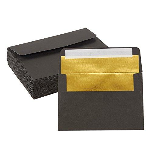 Pack de 50 de sobres, tamaño C6 - 4,25 x 6,25 pulgadas, Sobres de solapa cuadrados - Sobres de fotos - Sobres de invitación para invitaciones de boda - 120 g / m², negro afuera, dorado por dentro