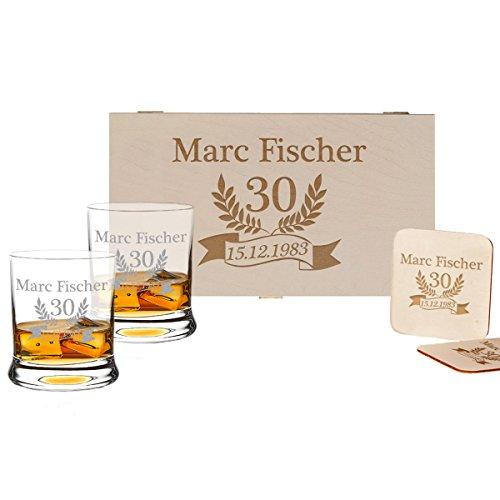 polar-effekt 5-TLG Whisky Geschenk-Set - 2 Leonardo Whiskygläser, 2 Untersetzer in Holzbox - Individueles Geschenkidee zum Geburtstag - Personalisiert mit Gravur - Jubiläum