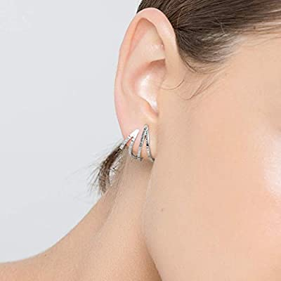 Boucles d'oreilles triangle en argent sterling 925 huggies faites à la main par Emmanuela, boucles d'oreilles géométriques minimalistes, bijoux grecs modernes et élégants inhabituels