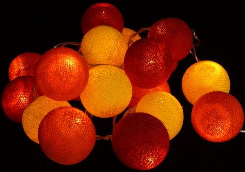 Guru-Shop Stoff Ball Batterielichterkette 3xAA LED Kugel Lichterkette - Rot/gelb, Baumwollfäden, Stimmungsleuchte, Dekorative Girlande, Partylichterkette