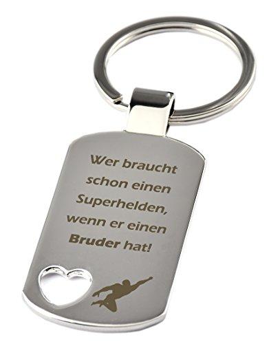 """Schlüsselanhänger mit Herzauschnitt und Gravur""""Wer braucht schon einen Superhelden, wenn er einen Bruder hat"""" - Chrom - als Geschenk zum Geburtstag oder zu Weihnachten"""