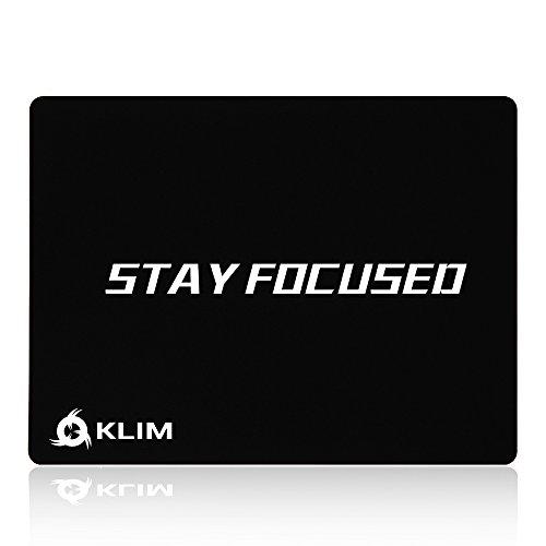 KLIM Stay Focused Tapis de Souris Haute Qualité - Anti Dérapant - Excellente Glisse - Durable - Précision Parfaite pour Gaming - 32 x 27 x 0,3cm [ Nouvelle Version 2021 ]