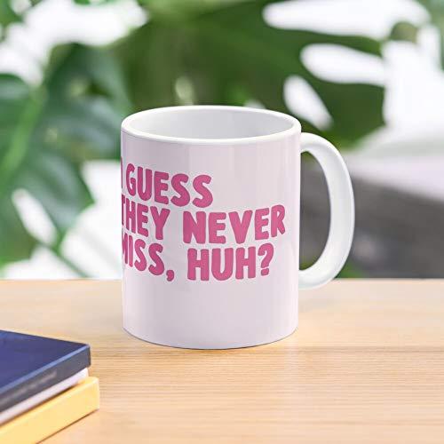 Meme Miss Hit Or Tiktok Mug - Taza de café de regalo de moda superventas negra, blanca, cambia de color 11 onzas, 15 onzas para todos…