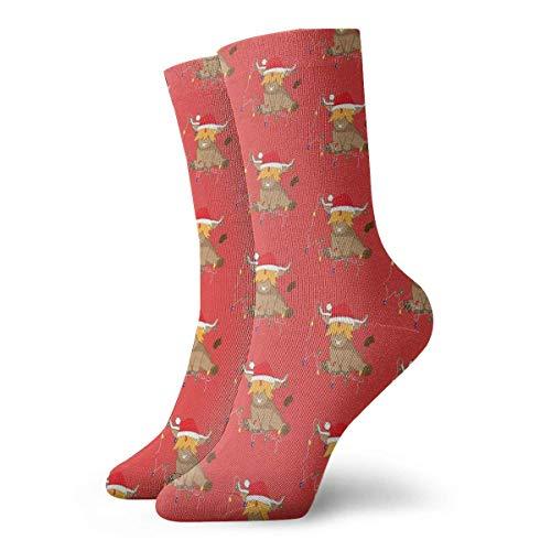 Linda vaca de las Tierras Altas Luces de Navidad Rojo Santa Hat Calcetines Clásicos Deporte Corto Calcetines 30cm/11.8inch Adecuado para hombres mujeres