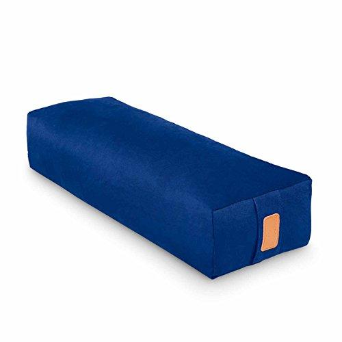 #DoYourYoga Yogabolster »Paravati« mit Bio-Buchweizenschalen (KBA), waschbarer Bezug aus 100% Baumwolle, 67cm x 13cm, Meditationskissen/Sitzkissen/Zafukissen für Yin Yoga - Navyblau