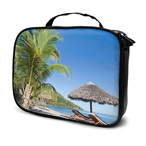 Bolsas de cosméticos para viajes de mujeres, Tropical Beach Landscape con tumbona y sombrilla.