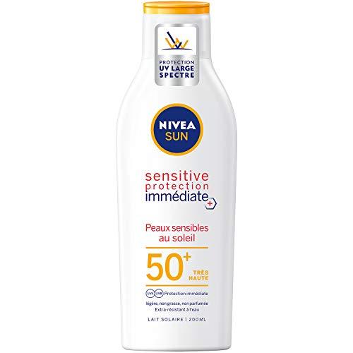 NIVEA SUN Lait solaire Sensitive protection immédiate FPS 50+ (1x200 ml), protection solaire non parfumée & résistante à l'eau, écran solaire texture légère non grasse