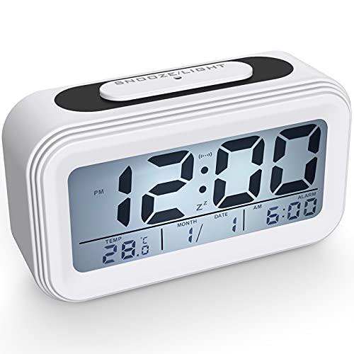 Coolzon Sveglia Digitale, Sveglie da Comodino Batteria per Bambini Adulti, Orologio Digitale Silenziosa Grande LCD Schermo Data Temperatura Funzione Snooze Luce Notturna Allarme Forte, Bianco
