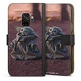 DeinDesign Klapphülle kompatibel mit Samsung Galaxy S9 Handyhülle aus Leder schwarz Flip Case Star Wars The Child Baby Yoda