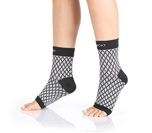 Abco Tech Plantar Fasciitis – Compression Foot Sleeve – Relief from Swelling - Sports & Everyday Use – Improves Blood Circulation –(1 Pair) (Small/Medium)