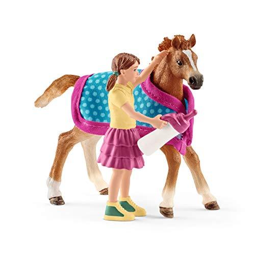 Schleich 42361 Horse Club Spielset - Fohlen mit Decke, Spielzeug ab 5 Jahren