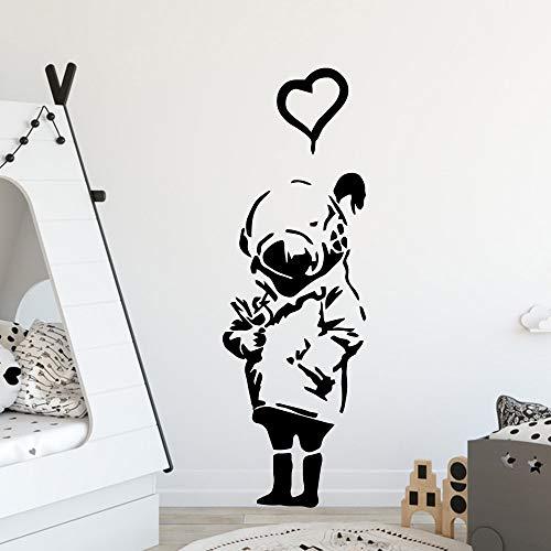 Estilo Banksy Niña con casco de máscara de gas Corazón DIY Vinilo Etiqueta de la pared Art Decal wallpaper dormitorio Decoración del hogar Cartel Niño Regalo de los niños 57 * 171cm