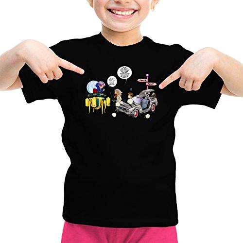 Okiwoki T-Shirt Enfant Fille Noir DBZ et Retour vers Le Futur parodique Trunks Vs Doc et Marty Macfly : Collision dans Les Couloirs du Temps ! (Parodie DBZ et Retour vers Le Futur)