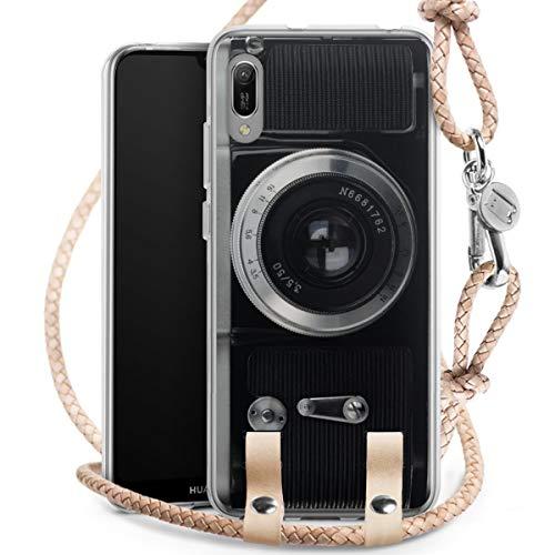 DeinDesign Carry Case kompatibel mit Huawei Honor 8A Hülle mit Kordel aus Leder Handykette zum...