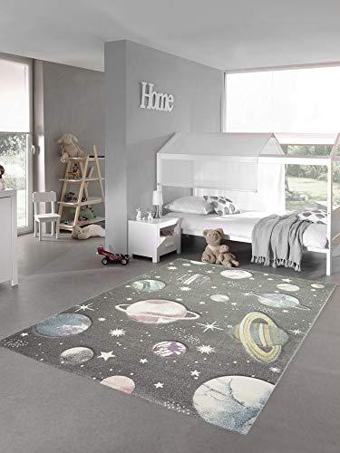 Teppich-Traum Alfombra Infantil Alfombra de Aprendizaje Espacial con Estrellas y Planetas en Gris Pastel Größe 80x150 cm