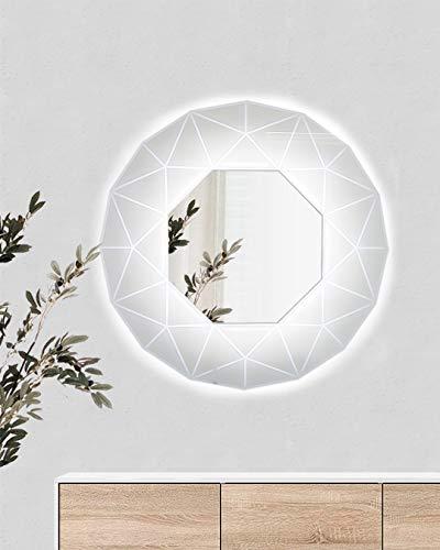 Ice Mirror es el espejo retroiluminado con marco perfilado de cristal templado lacado, decorado con gráficos geométricos efecto 3D.