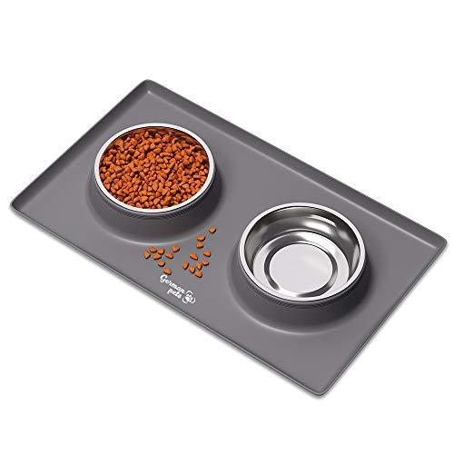 VIOKS Futternapf Fressnapf mit Silikon Unterlage Katzennapf Hundenapf Set für kleine Hunde und Katzen | rutschfest und Wasserdicht | 2X 400 ml Edelstahlschüsseln Fressnapfunterlage mit Rand