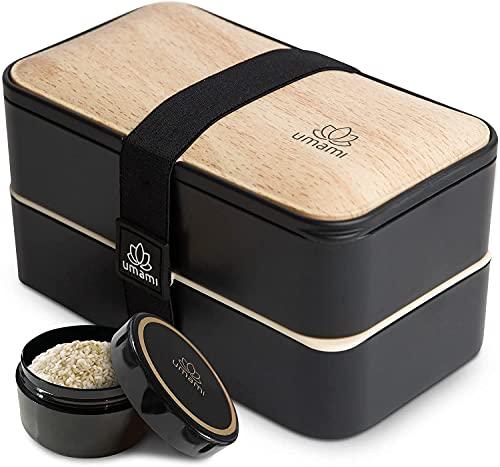 UMAMI Bento Box für Erwachsene/Kinder, neue Premium Edition, 2 Soßentöpfe & 4 Bestecke, Lunch Box für Männer/Frauen, 2 Meal Prep Containers, Mikrowelle, Spülmaschinen, Gefrierschrank-sicher, BPA frei