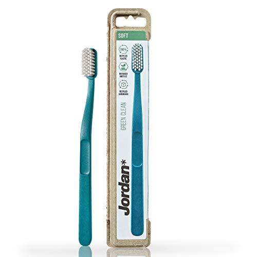 JORDAN GREEN CLEAN – Preisgekrönte nachhaltige Eco Zahnbürste aus recycelten Materialien | Umweltfreundlich | Skandinavisches Design | Alternative zu Bambus oder Holz Zahnbürste | Mischfarbe | Soft