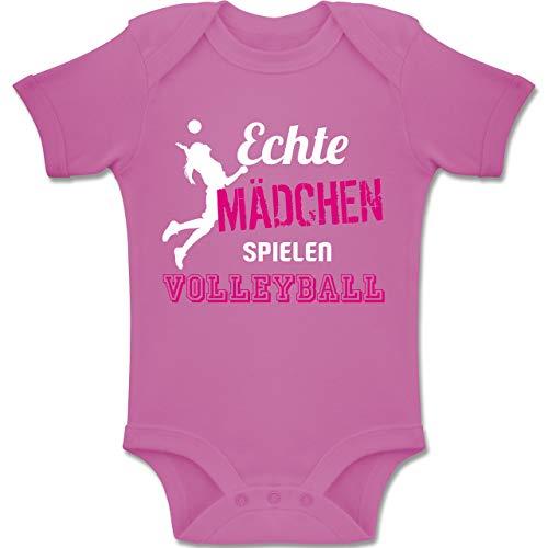 Sport Baby - Echte Mädchen Spielen Volleyball - 3/6 Monate - Pink - BZ10 - Baby Body Kurzarm für Jungen und Mädchen