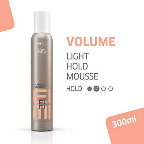 Wella Professionals EIMI Volume Natural Volume Schaumfestiger für leichte Fixierung 300 ml