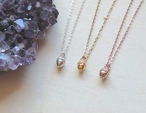 Super cute Gold and Silver pendant Necklace!