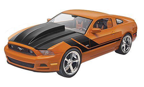 Revell Maquette Voiture : Ford Mustang GT 2014