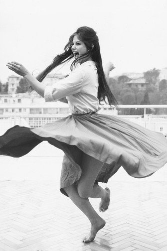 Claudia Cardinale Twirling Dancing Barefoot 24x36 Poster