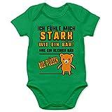 Shirtracer Strampler Motive - Ich fühle Mich stark wie EIN Bär! Teddy-Bär - 6/12 Monate - Grün - Baby Strampler - BZ10 - Baby Body Kurzarm für Jungen und Mädchen