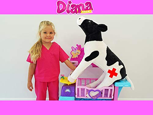 Diana Rescues Toy Animals!