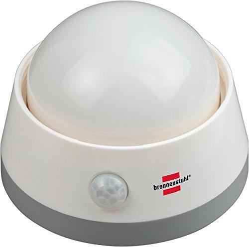 Brennenstuhl LED-Nachtlicht / Orientierungslicht mit Infrarot-Bewegungsmelder (sanftes Licht inkl. Push-Schalter und Batterien) weiß