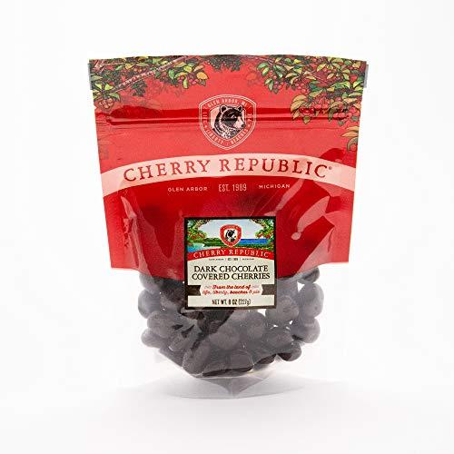 Cherry Republic Dark Chocolate Covered Cherries  Michigan Montmorency Dried Tart Cherries With 60% Dark Cocoa Chocolate  Single 8 oz Bag