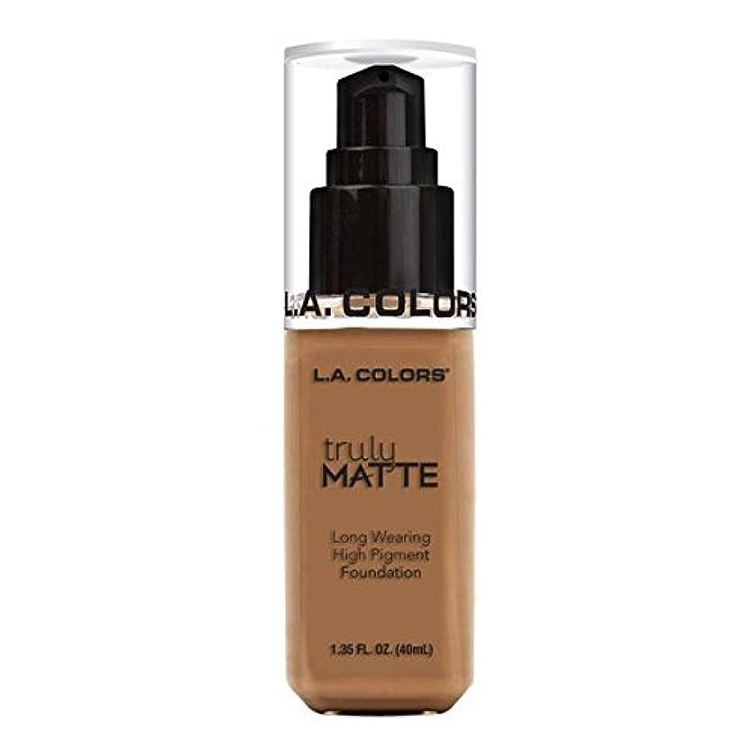 原告追い出す情熱的(3 Pack) L.A. COLORS Truly Matte Foundation - Deep Tan (並行輸入品)