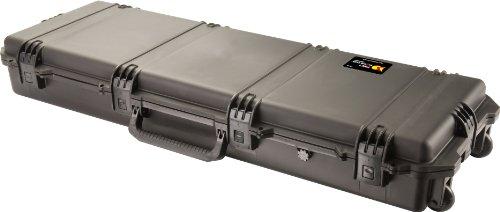 PELI Storm IM3200 Maleta rugerizada Alargada y con Ruedas para trípodes y Equipos de Caza, Resistente al Agua y Polvo, 61L de Capacidad, Fabricada en EE.UU, con Espuma Personalizable, Color Negro
