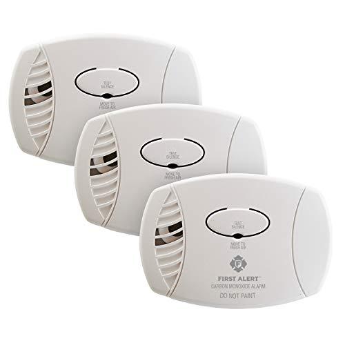 FIRST ALERT Plug-In Carbon Monoxide Detector, 3-Pack, CO600
