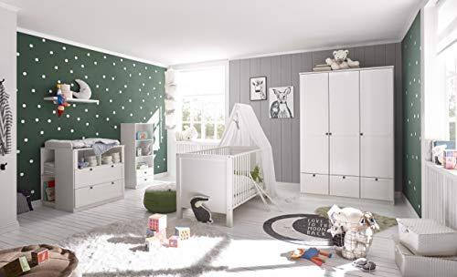 Babyzimmer Landhaus in Weiß 7 teiliges Megaset mit Schrank, Bett mit Lattenrost, Matratze und Umbauseiten, Wickelkommode und Regalen