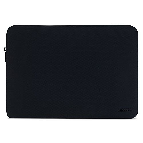Incase Slim Sleeve with Diamond Ripstop for MacBook Pro 15'- Thunderbolt (USB-C) & Retina