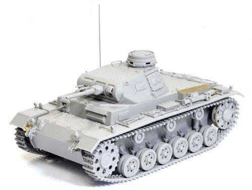 Dragon Models 1/35 Pz.Kpfw. III Ausf. F Smart Kit