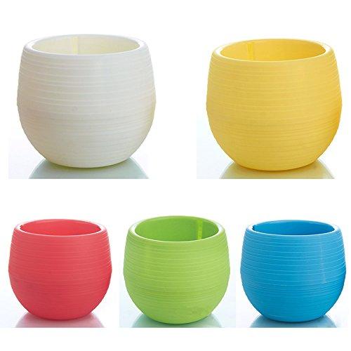 Skyoo - Confezione da 5 piccoli vasi colorati con foro di drenaggio interno, per interni ed esterni, in plastica, ideali per piante grasse e cactus, diametro 7 cm.