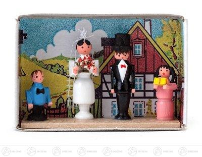 Miniatur Zündholzschachtel Brautpaar Breite x Höhe ca 5,5 cmx4 cm NEU Erzgebirge Weihnachtsfigur Holzfigur