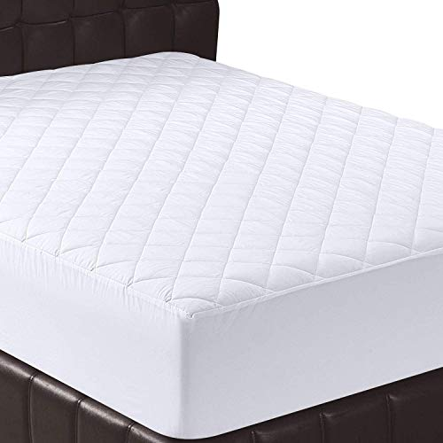 Utopia Bedding Quilted Fitted Mattress Pad (King) - Elastic Fitted Mattress Protector - Mattress Cover Stretches up to 16 Inches Deep - Machine Washable Mattress Topper