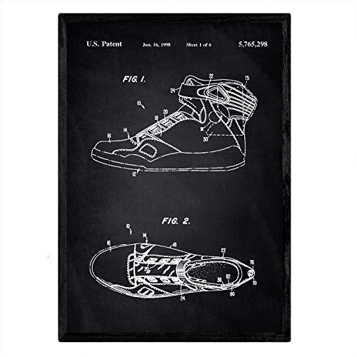 Nacnic Patent Slipper poster met basketbal 3. Folie met oud design patent in maat A3 met zwarte achtergrond