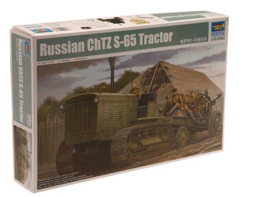 Trumpeter 05538 - Modellino Trattore Russo con Cabina ChTZ S-65