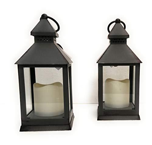 Country Casa – Juego de 2 farolillos de plástico gris envejecido con vela LED – Dimensiones: 25 x 10 cm